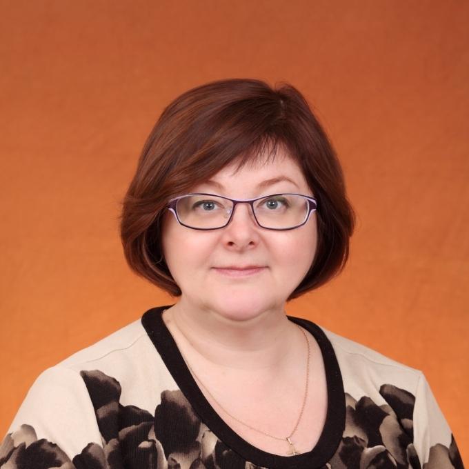 Никонова Елена Валерьевна